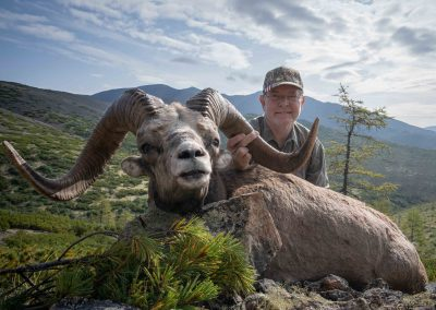 Bradford Black Derron with his trophy, Magadan, Russia with Kulu Safaris