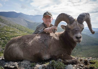 Bradford Black Derron snow sheep hunt with Kulu Safaris