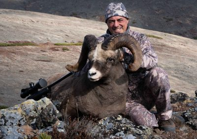 Sergei Rabinovich snow sheep hunting in Yakutsk with Kulu Safaris